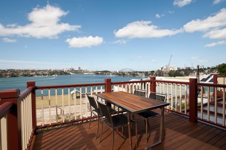 Cockatoo Island - 2 Bedroom Harbour View Apartment