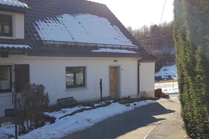 Schönes Business-/Ferienhaus 85 qm mit Weitblick