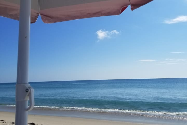 Oceanfront Condo  Hutchinson Island entire  2/2