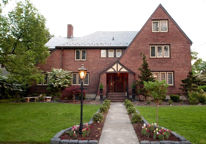 Historic Charm 30 Min outside NYC - New Rochelle - Casa