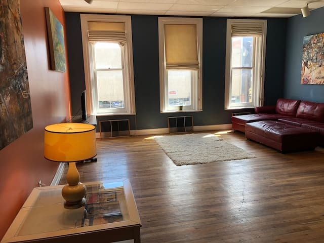 Unique Artist Apartment in Downtown Rapid City