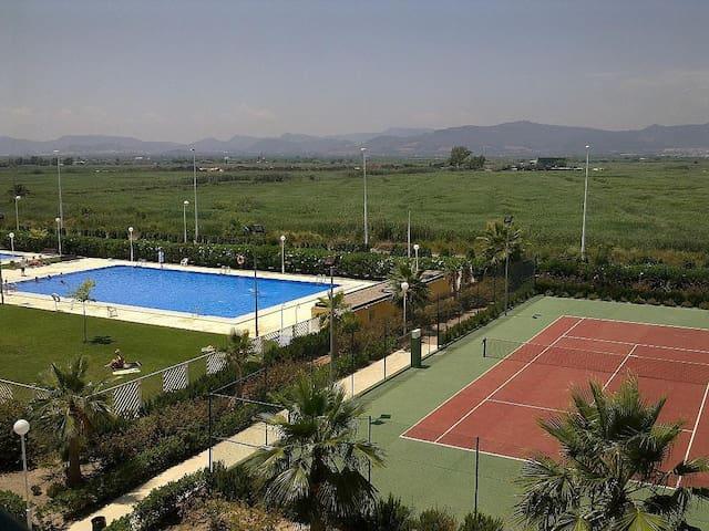 Apartamento Piscina playa Almarda