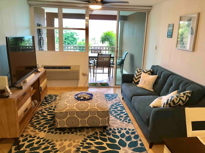 Spacious/Comfortable 2BR/2B beach condo+wifi+cable