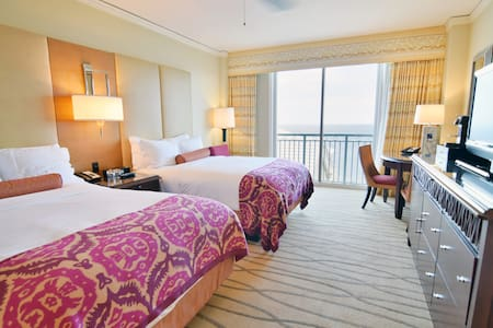 OCEAN FRONT APARTMENT RITZ CARLTON  5 STARS - 키 비스케인 - 아파트