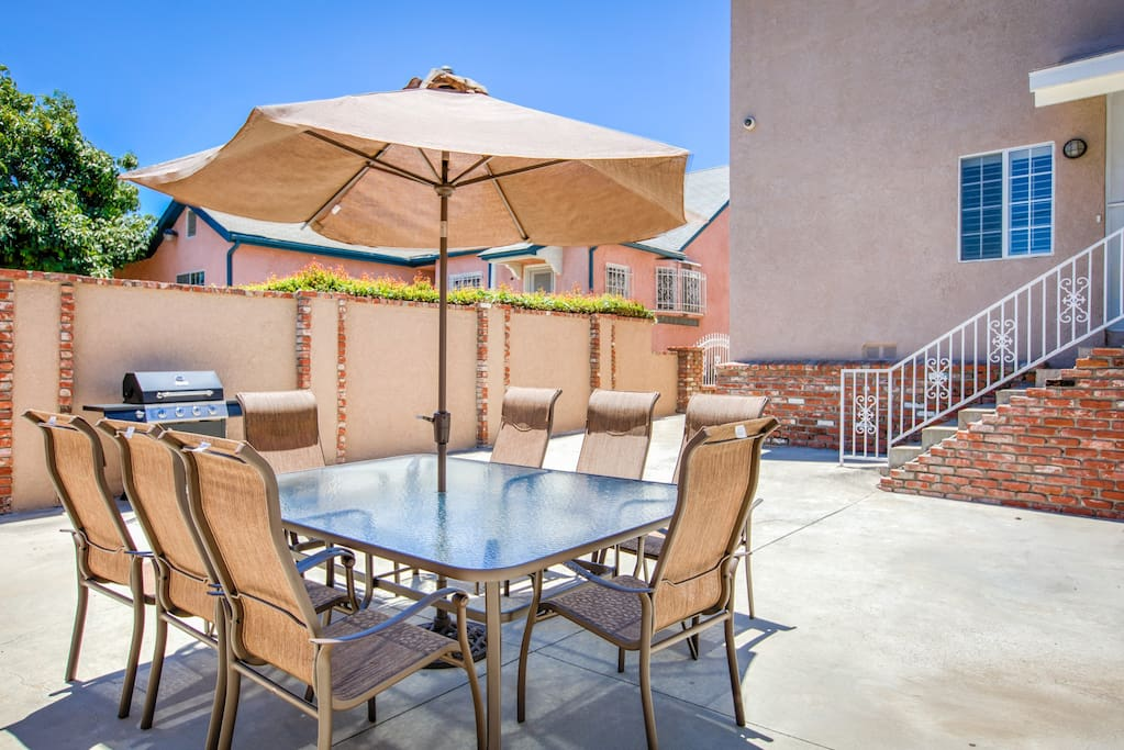 After a fun-filled day of exploring, throw a family cookout on the private patio.