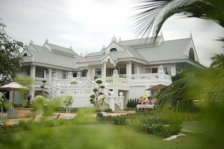 NirvaNAN Luxury Homestay - Entire Home