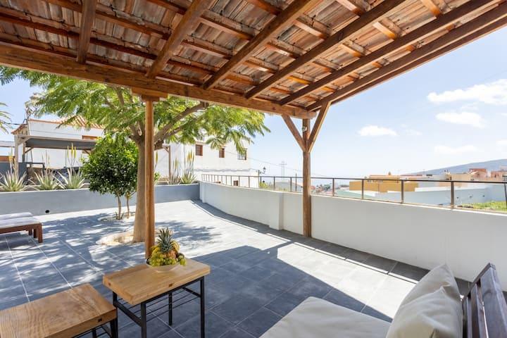 Home2Book Stunning Design House Arafo