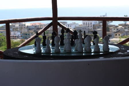 The Heights in Montanita, Chess House with Jacuzzi