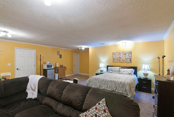 Quaint and spacious place to relax - Chattanooga - Apartamento