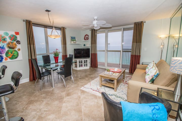 ON THE BEACH - Remodeled 16th floor with Gulf View
