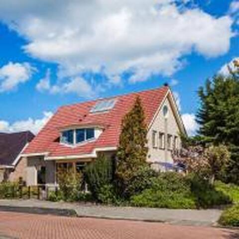 Kingsize appartement in Volendam vlakbij Amsterdam