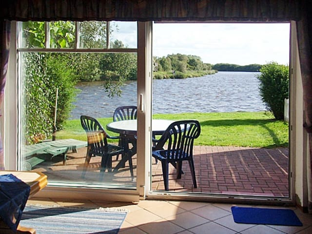 Holiday home in Timmel - Timmeler Meer - Casa