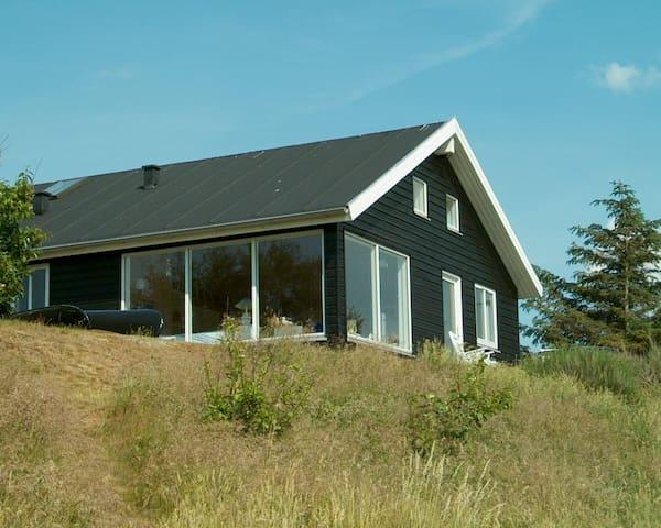 Sommerhus ved Trend Å og Limfjorden