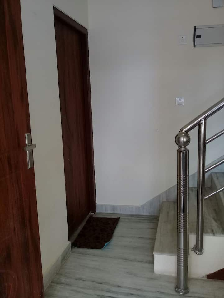 Full furniture flat with full time service for you