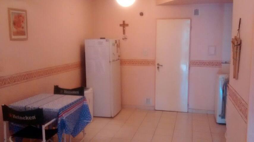 Departamento simple y cómodo. - San Miguel de Tucumán - Квартира