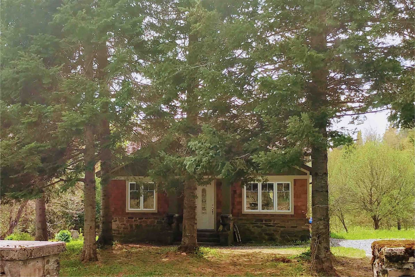 Beautifully renovated log cabin in lovely country setting.