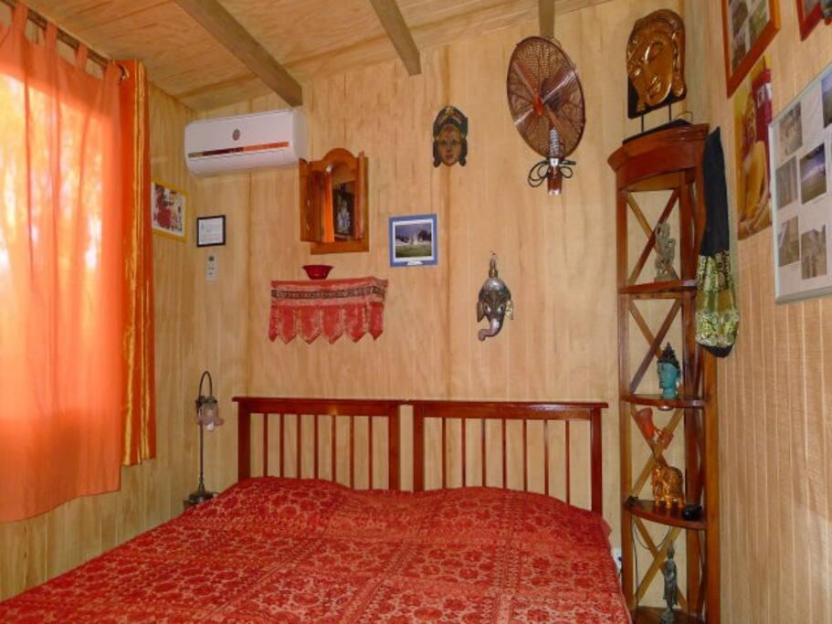 chambre dans chalet orient