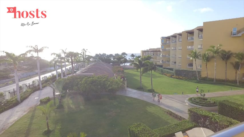 Condo w/ Ocean Views - Eagle Beach, 3° Best beach