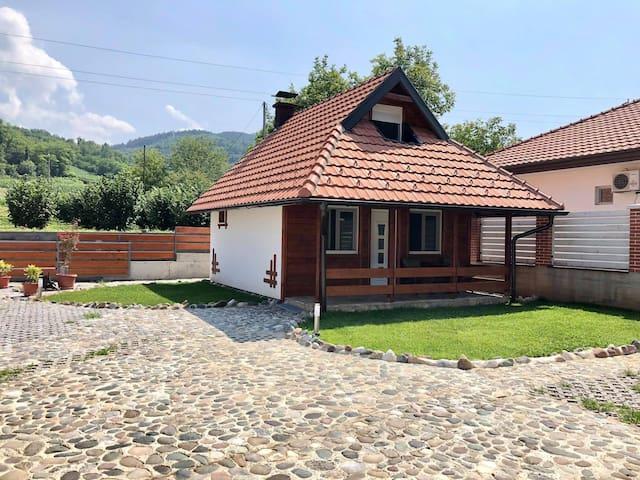"Apartman MEDI   ""Nature Connection Drina"""