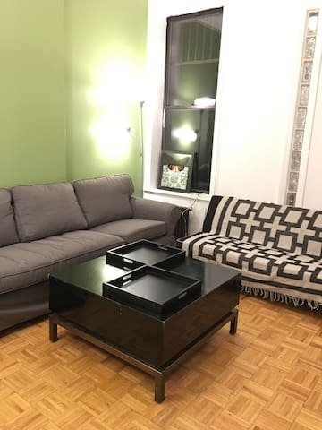 LARGE, SUNNY, CLOSE TO TIMES SQUARE 2BEDROOM