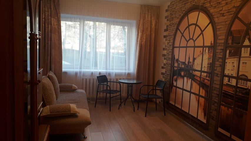 Спокойная квартира на первом этаже.