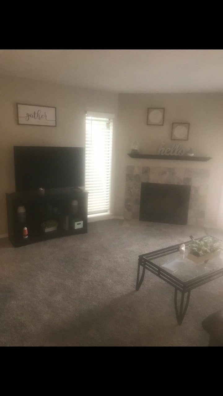 Beautiful fully furnished 1 bedroom W/D 30-105