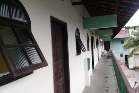Apto Condominio Fechado Estrada Rj 14 n8 Itacuruça