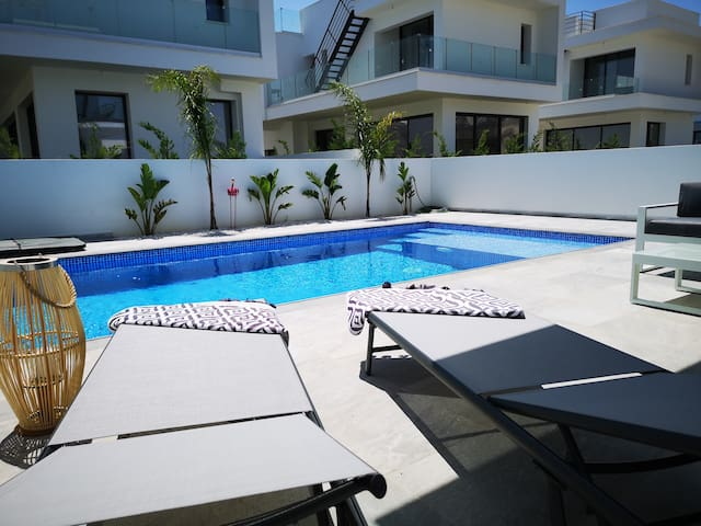 POOL VILLA - LaCasaMou - 200 meters to the sea