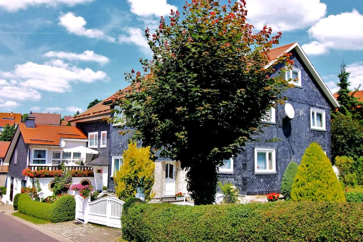 Wandern im Thüringer Wald - Waffenrod - Apartament