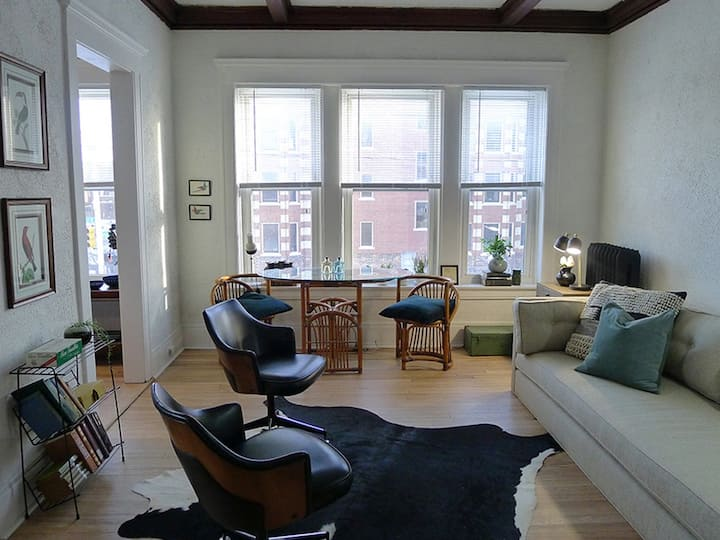 Bright Midtown Apartment with Parking