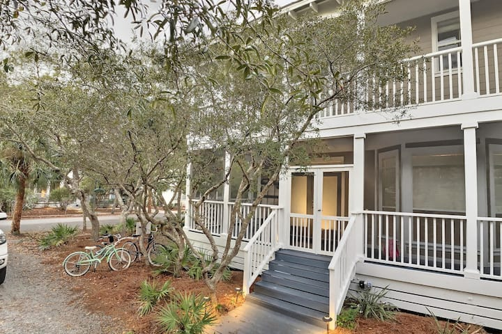 Newly Renovated Seagrove near Seaside Home off 30a