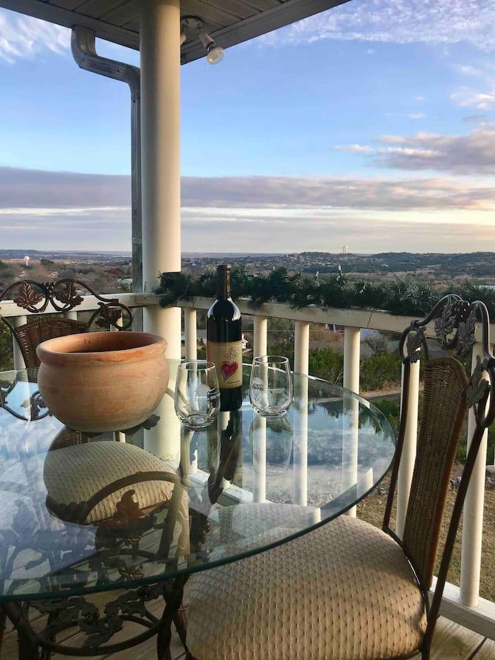 The Blue Dove Inn, Ste A, Jacuzzi, Balcony w/views