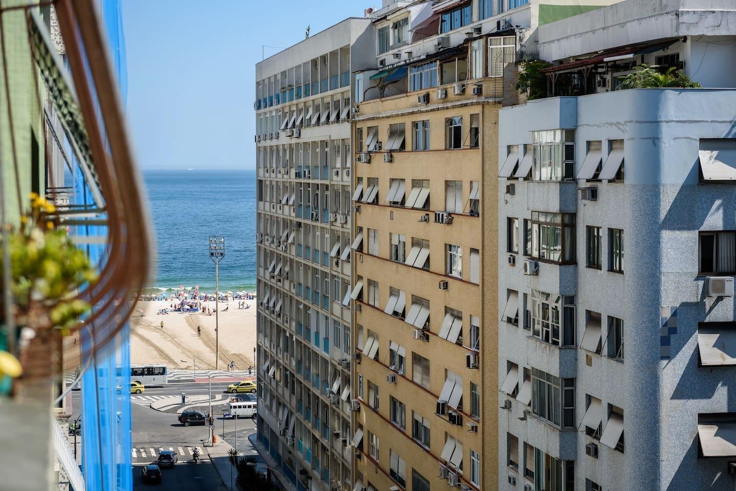 Da janela vista parcial da praia.
