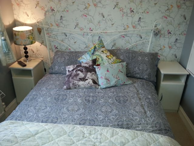 Stylish guest room in Bexhill-on-Sea