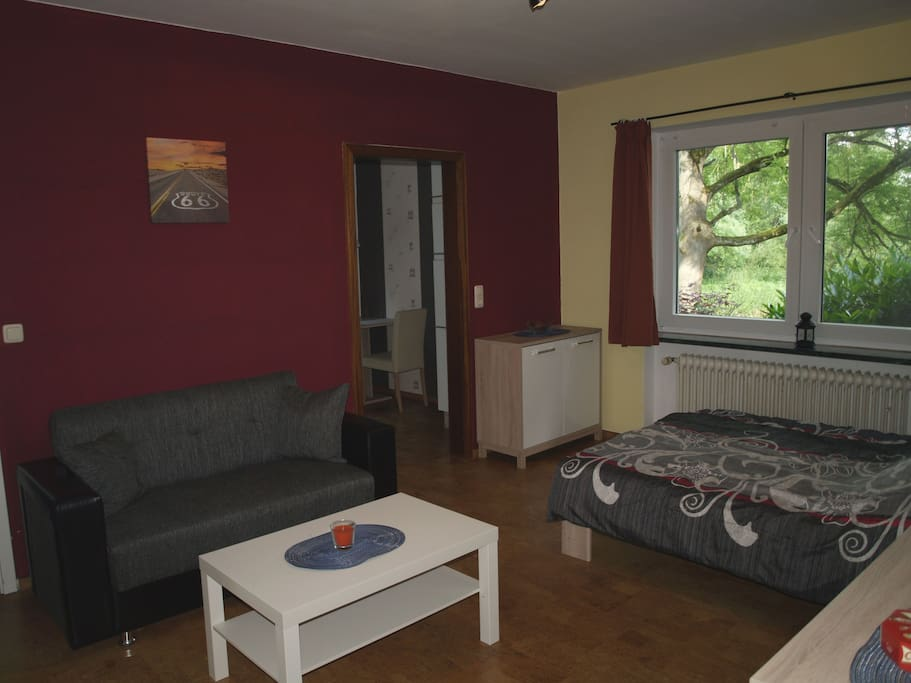 Wohnzimmer, Bett 1,40 m