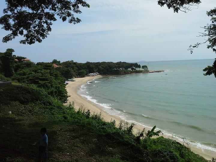 1-bedroom Cosy Beach View N 1306