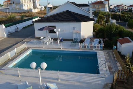 Villa 5 rooms with swimming pool. Ericeira - Santo Isidoro