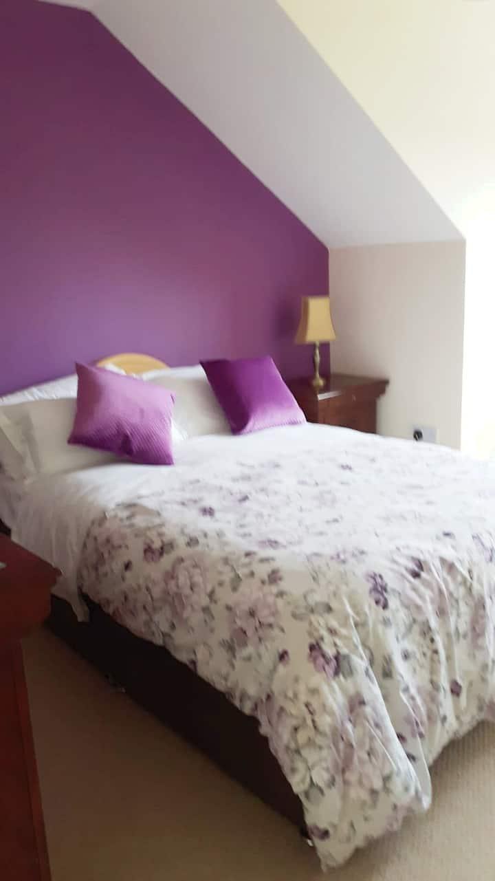 Cosy rooms in Kilmessan village