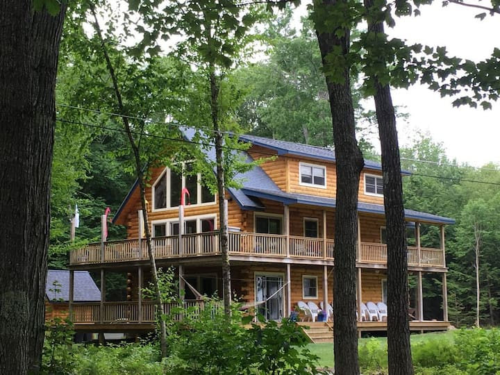 Extended Families - Beach Access, Private Docks