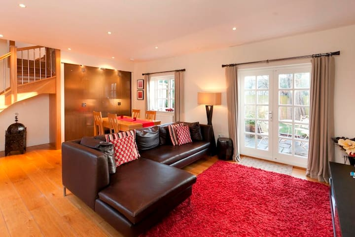 The Delven Serviced Apartment - Castle Donington - Apartemen