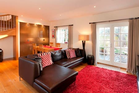 The Delven Serviced Apartment - Castle Donington