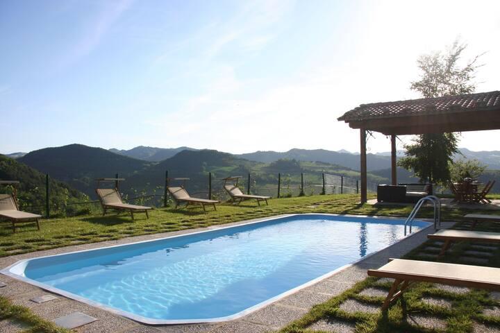 Villa boutique avec piscine à Modigliana