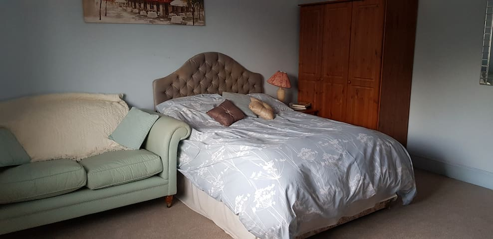 Large Double bedroom ensuite, village location