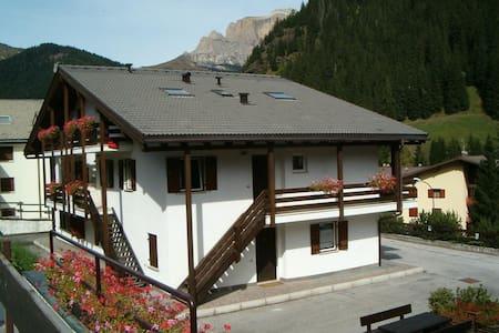 Casa canazei, solo dal 07/09 al 21/09 in residence