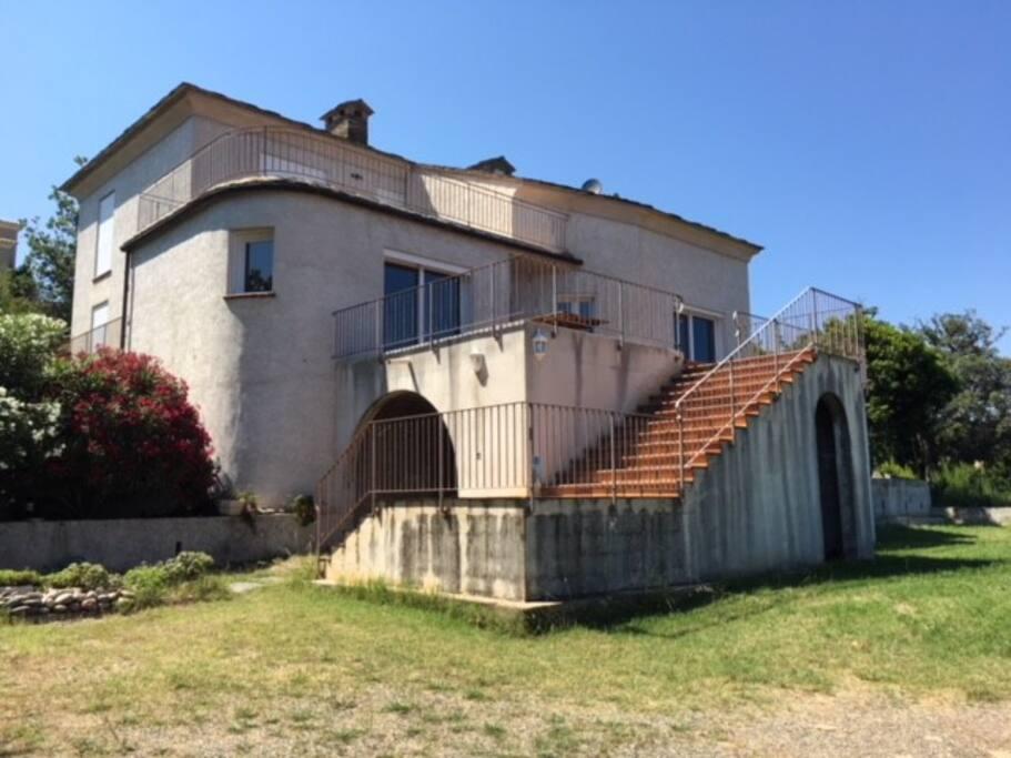 La villa dans son ensemble