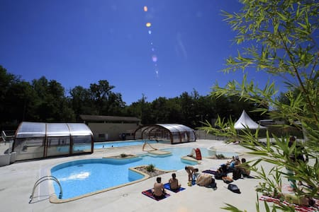 Chalets 4 personnes avec piscine - Monclar-de-Quercy