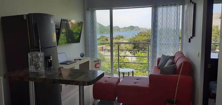 Espectacular  apartamento con vista al mar.