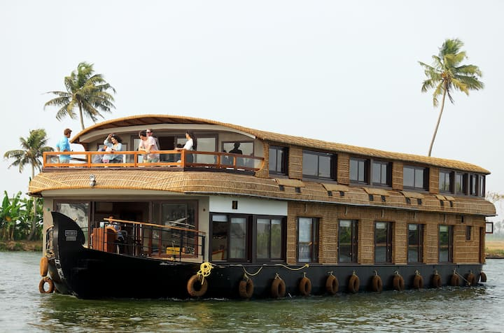 Spice Routes Houseboats - Tamarind