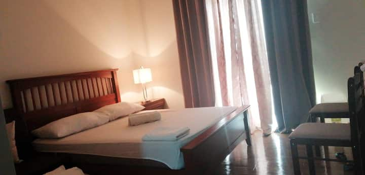 ANIA SUITE ROOM NEAR AIRPORT