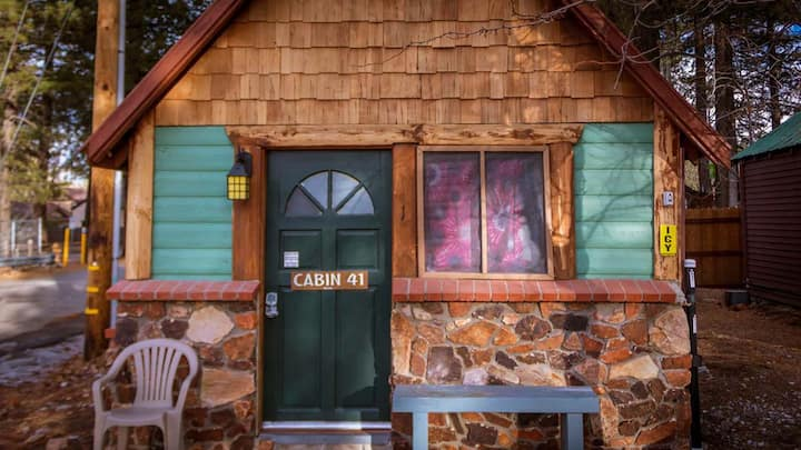 41- for  2, optional $39 spa, Cabins 4 Less